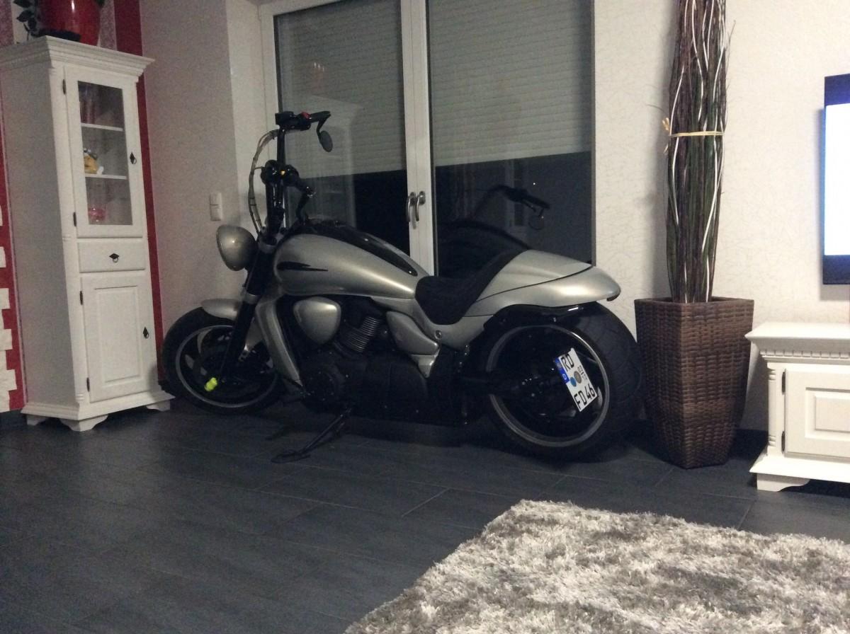 Tannenbaum raus , Moped rein